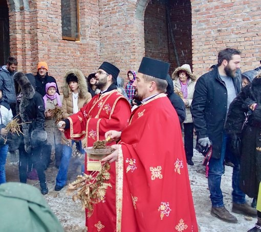 Serbian Orthodox bishops and badnjak
