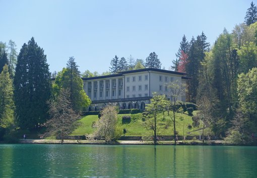 Vila Bled - view from the lake