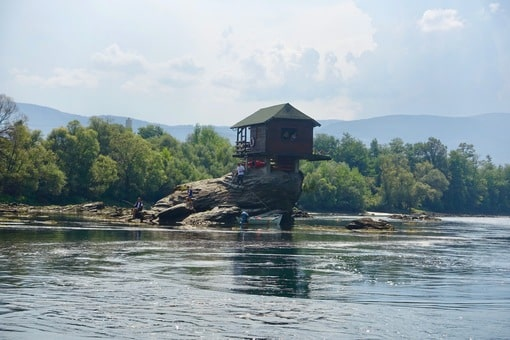 Drina house from the water